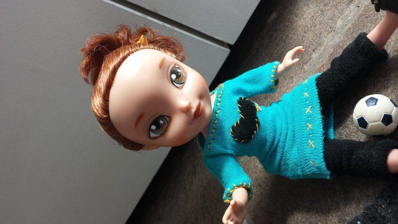 Une poupée Bratz métamorphosée par Lizette Flores