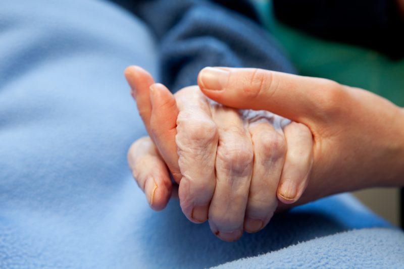 Accès insuffisant aux soins palliatifs