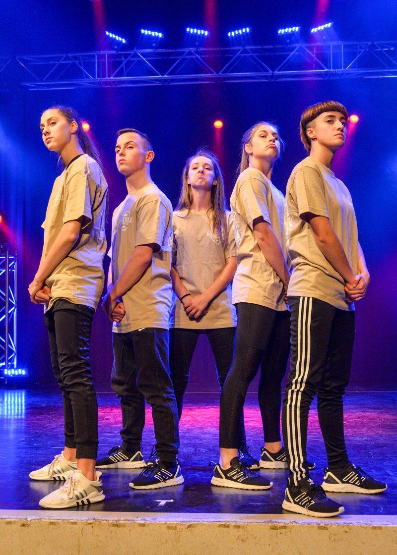 Les sept jeunes de la troupe travaillent ensemble depuis quelques mois pour faire honneur à Belœil et à tout le Canada en compétition. Photo François Larivière