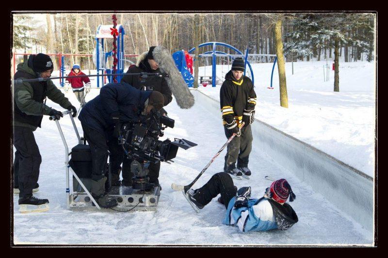 Tournage du film <I>Les Pee-Wee 3D: L'hiver qui a changé ma vie<I> sur la rue Forest.