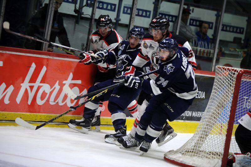 Québec a eu raison de l'Océanic de Rimouski, équipe championne de la saison régulière, par la marque de 7 à 4, pour signer un 10e gain consécutif.