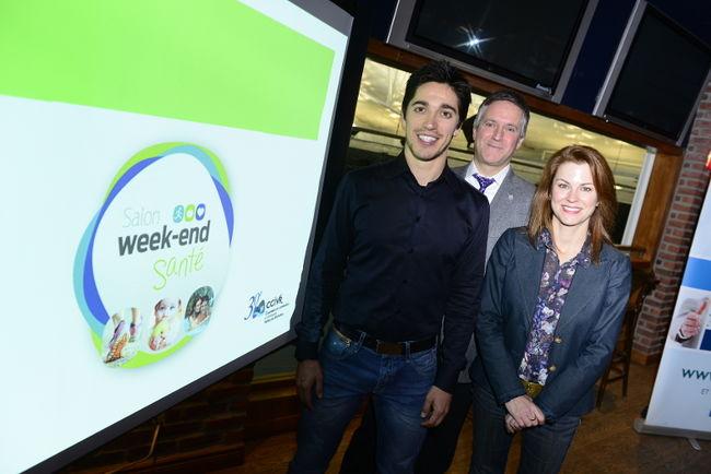 Le comédien et porte-parole du Salon Week-end Santé, Yan England, le président de la CCIVR, Martin Girard, et la directrice générale de la Chambre, Julie La Rochelle.