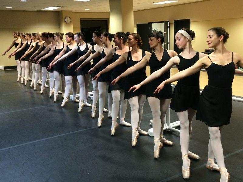 Quelque 130 élèves de l'Atelier de ballet classique de Saint-Hilaire présenteront le spectacle Pierrot de la Lune et les quatre saisons pour le 40e anniversaire de l'école