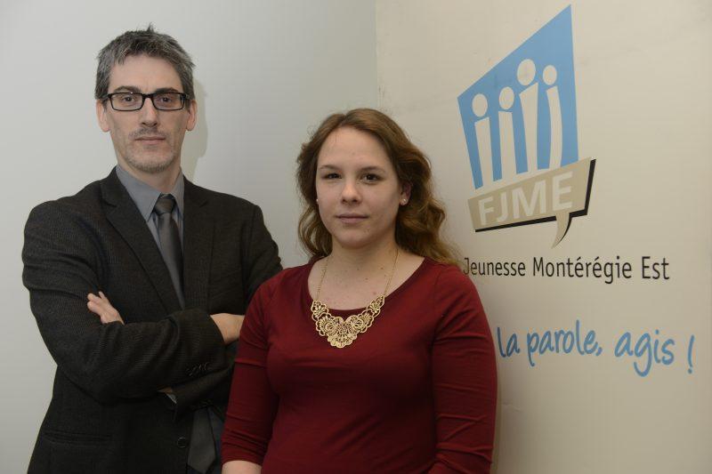 Le coordonnateur du Forum jeunesse Montérégie Est, Luc Martinet, et la présidente Julie Patenaude.