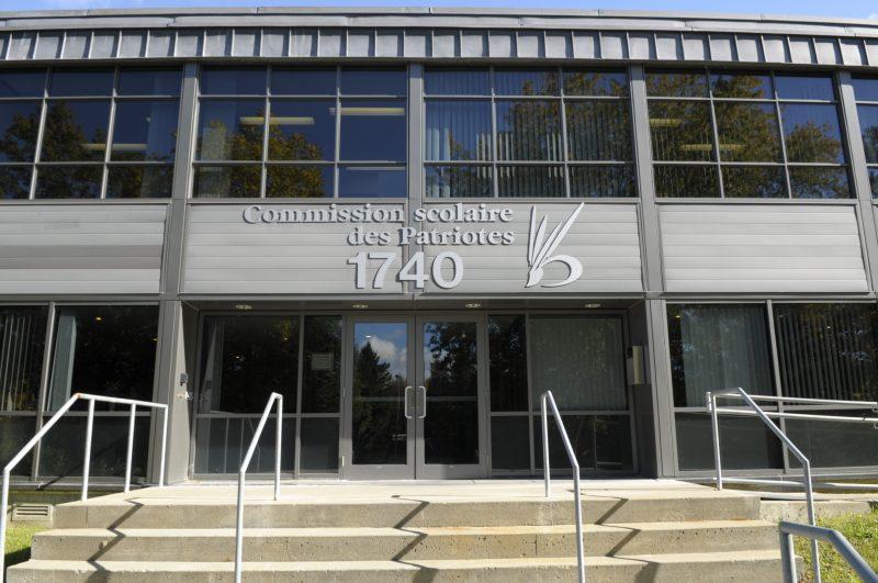 Le personnel de la Commission scolaire des Patriotes passera à la hache en raison des compressions budgétaires.