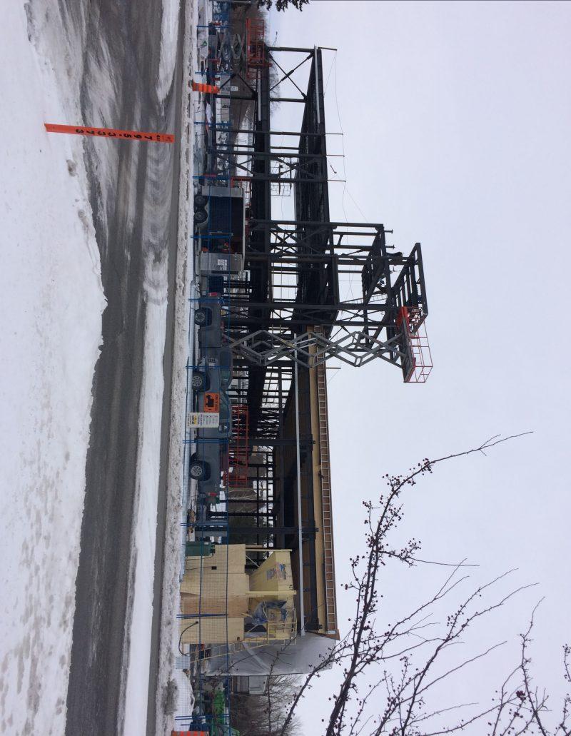 Chantier de construction de la nouvelle caserne de pompiers à Mont-Saint-Hilaire.