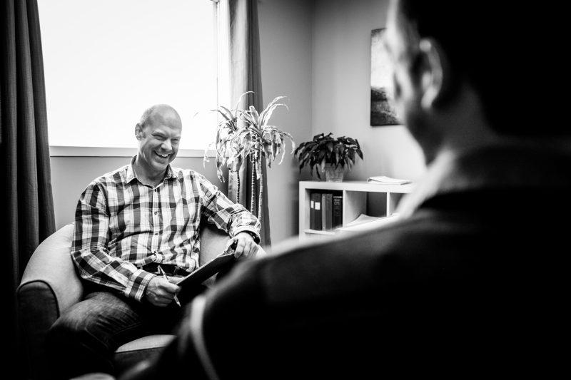 Les hommes sont de plus en plus nombreux à demander l'aide de l'Entraide de leur propre initiative ou après avoir été référés par un proche.
