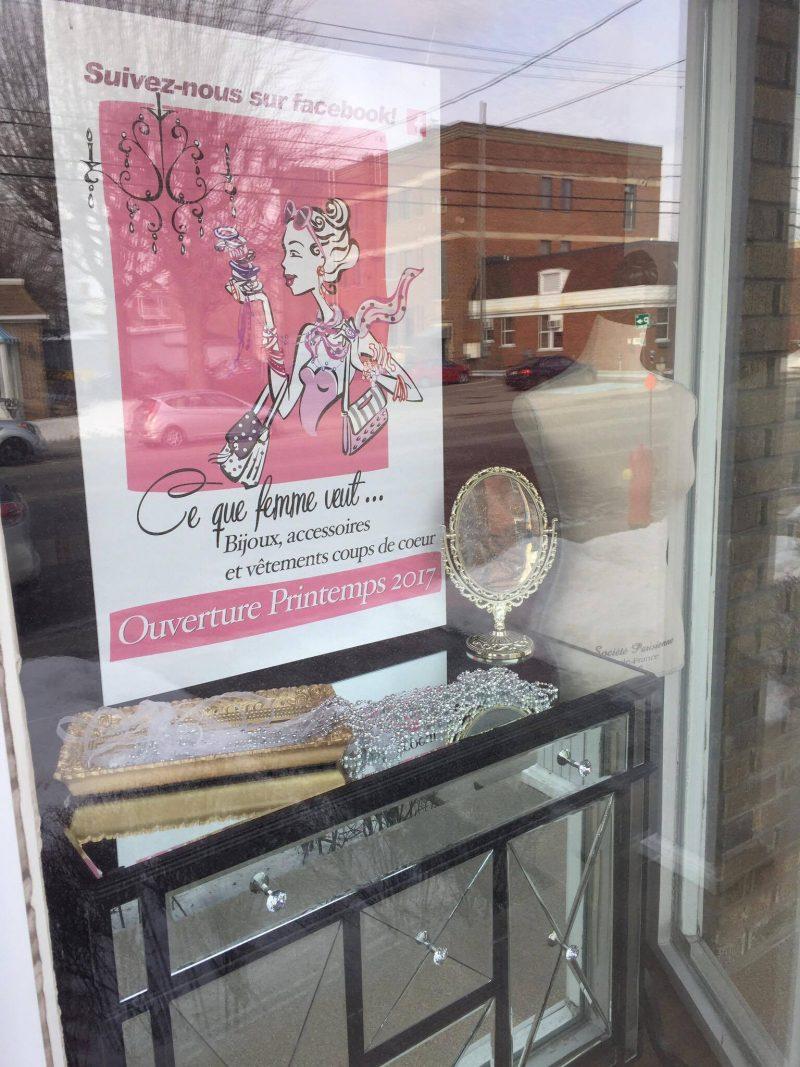 Vitrine du magasin de Drummondville.