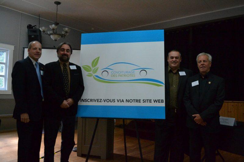 Les représentants des quatre municipalités lors du lancement de la plateforme.