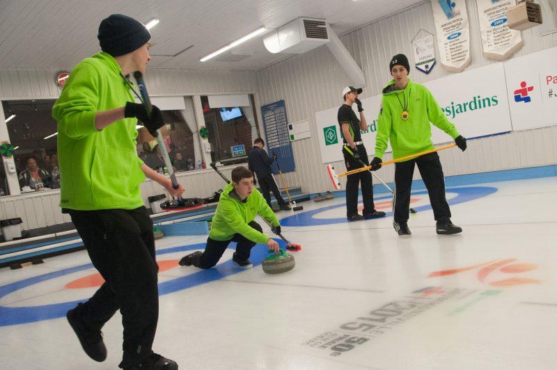 Le club de curling ne veut plus payer de taxes