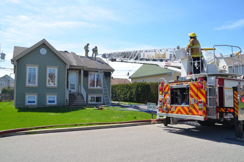 Un incendie s'est déclaré dans un logement de la rue Albert-Leal, à McMasterville.