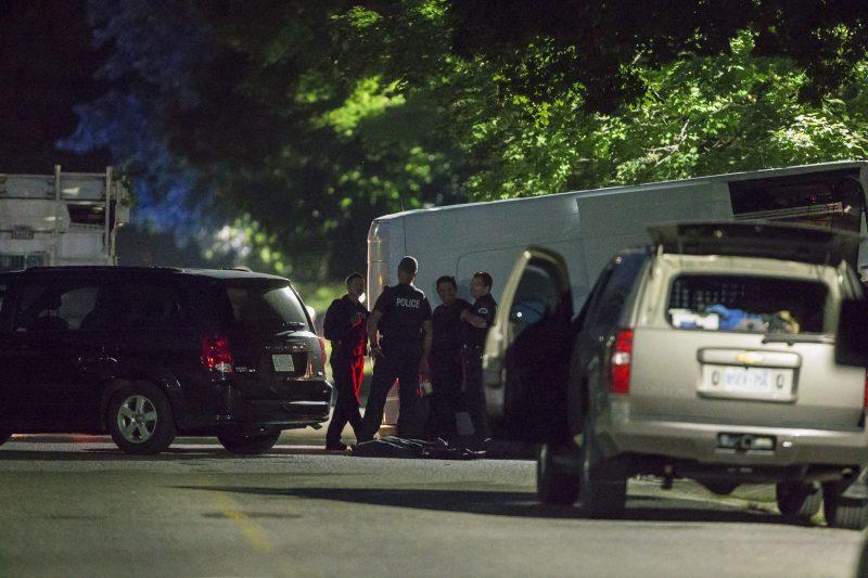 Une opération a été lancée à Strathroy, une ville du sud-est de l'Ontario et un suspect y a été tué lors d'une confrontation avec la police.