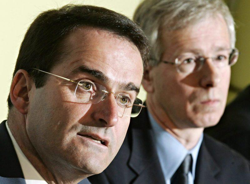Le décès tragique du chroniqueur et ex-ministre Jean Lapierre a provoqué une onde de choc dans le milieu politique.