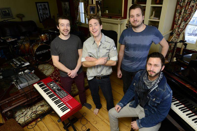 Les membres du groupe Bridgeway:Chris Carignan, Raph Pilon, Phil Chevrier et Vince Vertefeuille.