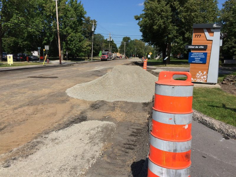 Jeudi, une couche d'asphalte a été retirée.