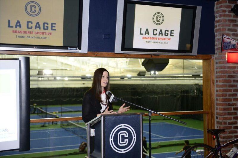 La présidente de la Chambre de commerce et de l'industrie de la Vallée-du-Richelieu, Mélanie Godin, lors du dévoilement de la programmation.