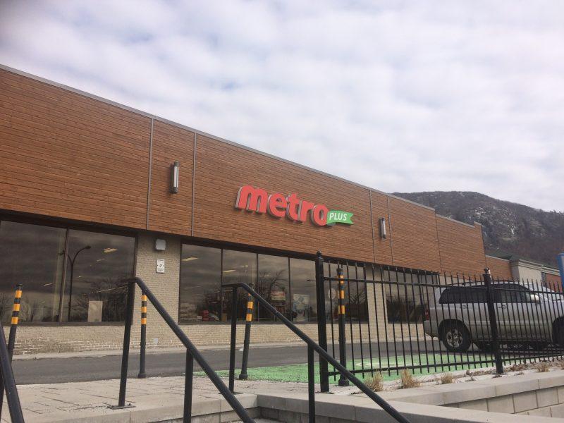 Marché Metro de Mont-Saint-Hilaire.