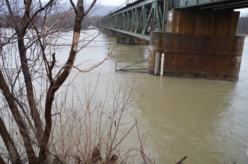 Des mises à jour quotidiennes sur la cru des eaux seront disponibles sur le site web de la ville (www.ville.otterburnpark.qc.ca) dans la section Nouvelles.