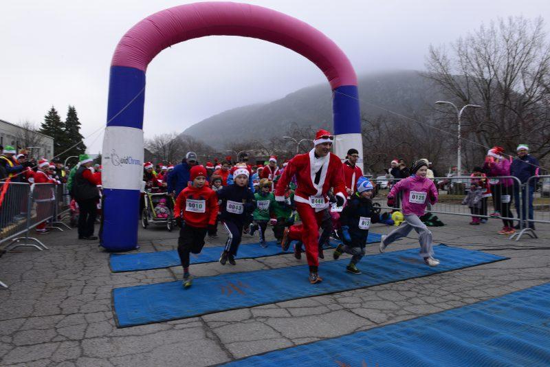 Le départ de la course s'est effectué à l'école secondaire Ozias-Leduc
