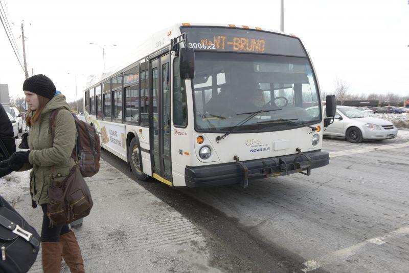 Les autobus de la CITVR peuvent maintenant emprunter une voie réservée.