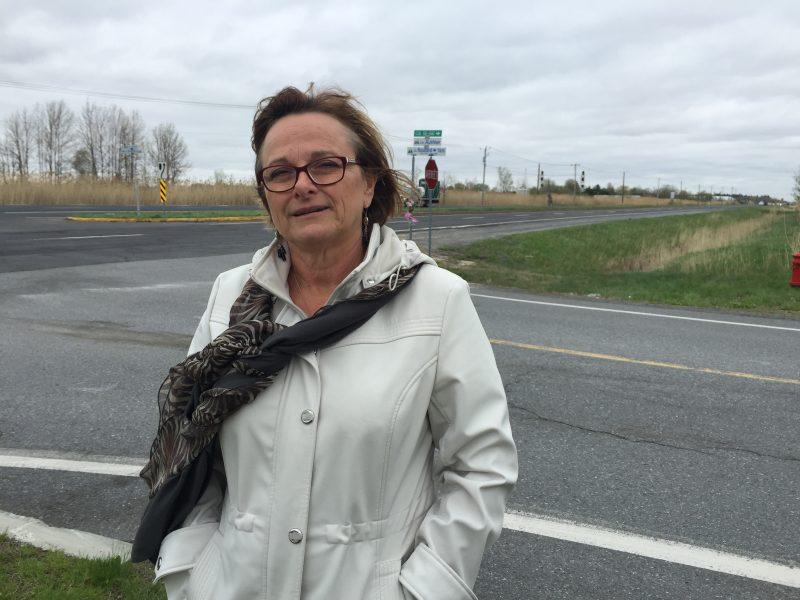 Claire Gosselin est venue porter secours au jeune conducteur de 19 ans qui repose dans un état critique.
