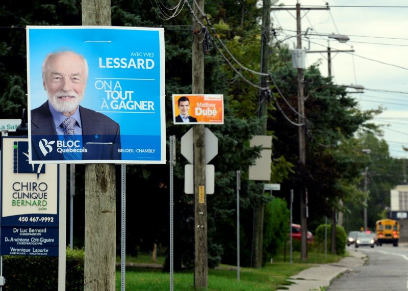 Les pancartes électorales sont moins présentes cette année dans la circonscription.