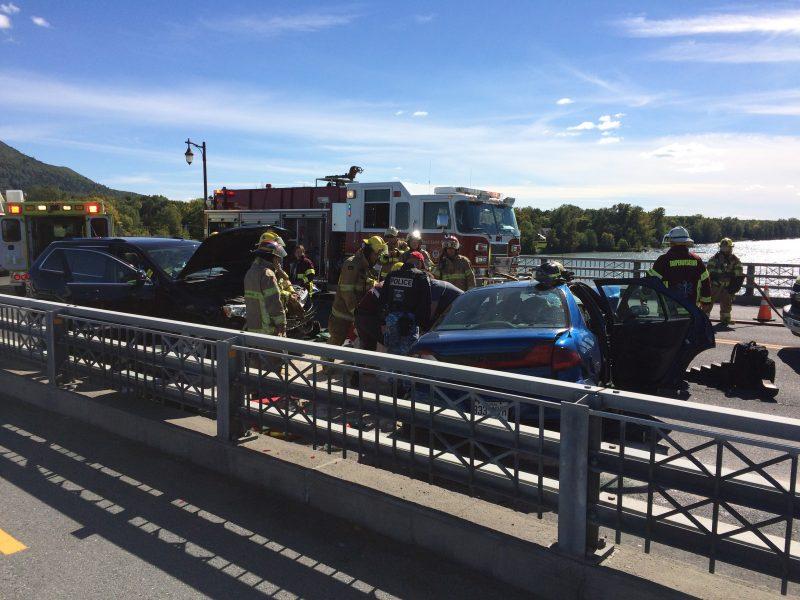Une collision bloque le pont Jordi-Bonnet