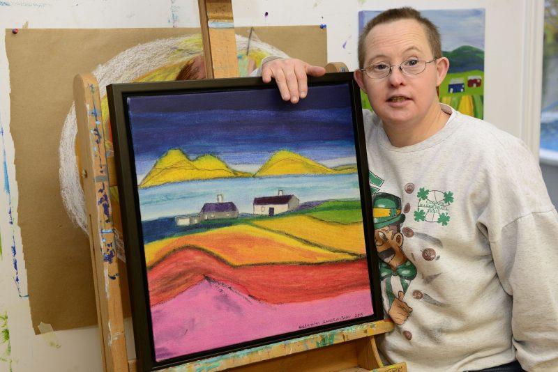 Sylvain participe aux activités artistiques de l'Arche de Beloeil.