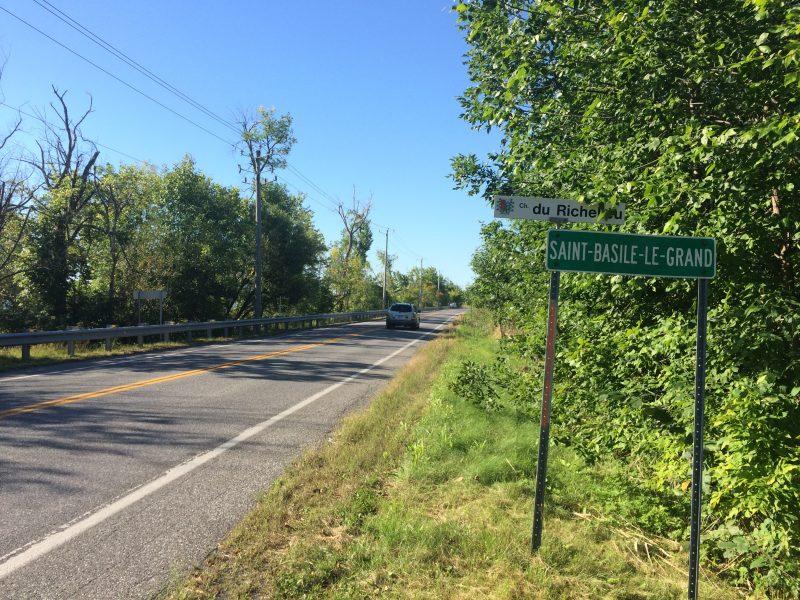 Le sentier Oka–Mont-Saint-Hilaire doit passer par la route 223 entre McMasterville et Saint-Basile-le-Grand.