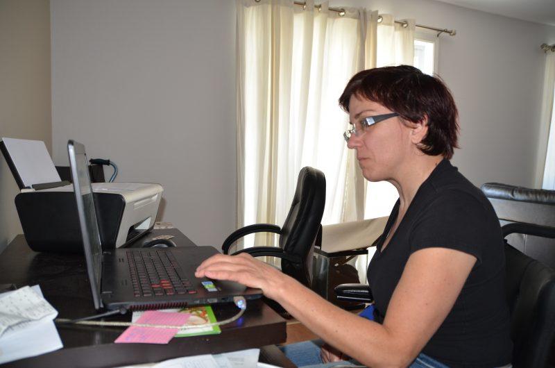 :Edith Fontaine souhaite faire valoir ses droits auprès de la Régie du logement.