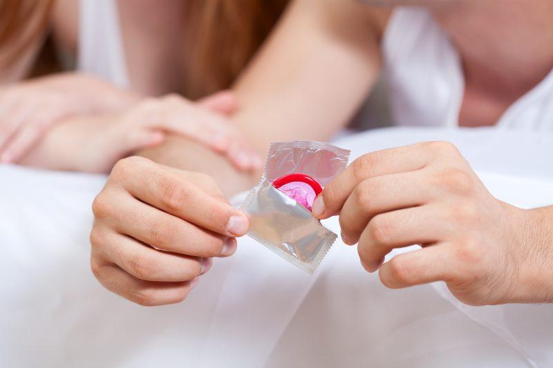 Les écoles où le condom est accessible gratuitement en distribuent plus de 500 par année