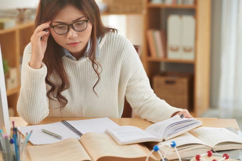 Au cours des cinq dernières années, le taux de réussite en lecture a constamment diminué en cinquième secondaire.