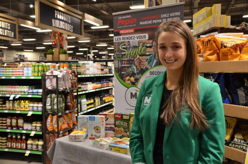 IGA Pepin a placé stratégiquement le kiosque de la nutritionniste devant la section des aliments biologiques et sans gluten.
