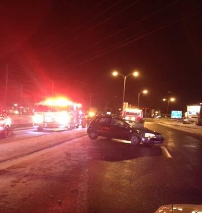La voiture a percuté un feu de circulation à Beloeil.
