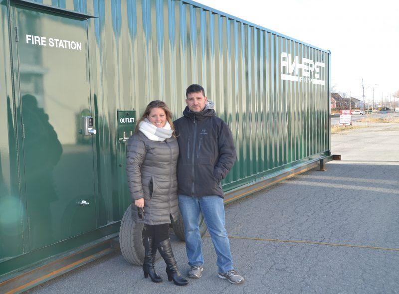 Les copropriétaires d'Amherst Fire Pump, Alexandra Philibert et Daniel Jutras.