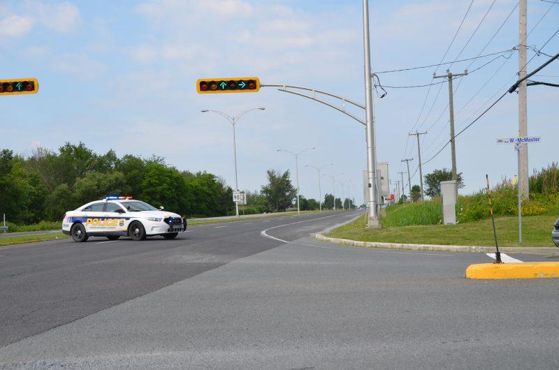 La circulation est déviée vers les rues locales, mais un ralentissement est à prévoir sur le Boulevard Yvon-L'Heureux.