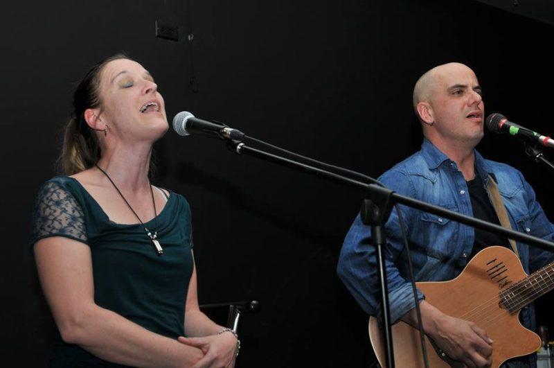 Le duo se produira au Café du passeur, le 11 mars prochain.