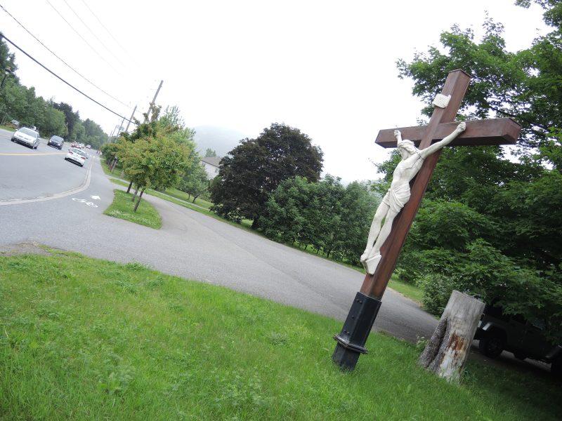 sixième arrêt: le chemin Ozias-Leduc, qui accueillera bientôt la piste Oka-Mont-Saint-Hilaire