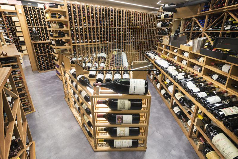 L'immense cave à vin contient plus de 16 000 bouteilles. Photo: Gracieuseté