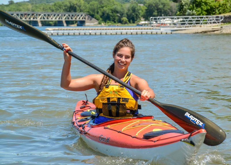 Alexandra Turgeon s'entraîne sur la rivière Richelieu pour braver le Saint-Laurent. Photo: François Larivière