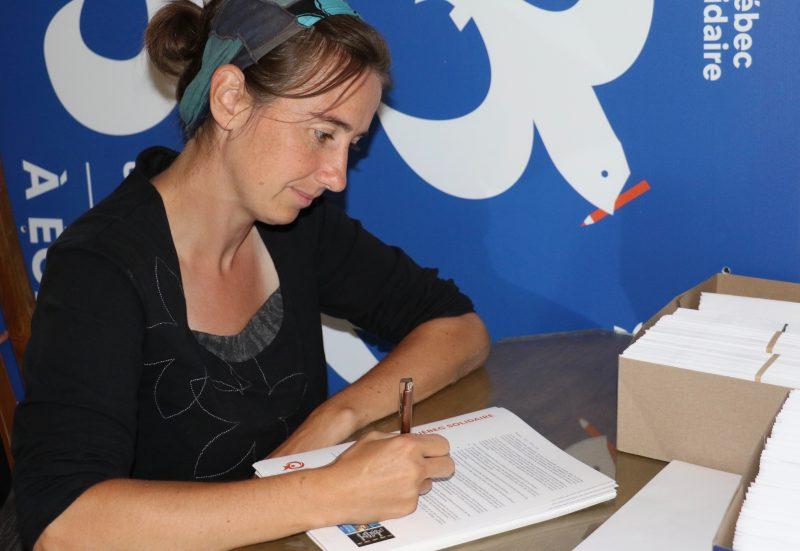 Annie Desharnais a envoyé une lettre aux jeunes électeurs dans laquelle elle mise notamment sur les enjeux environnementaux pour les convaincre d'exercer leur droit de vote. Photo:Gracieuseté