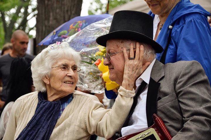 Berthe Chayer et Onil Perrier à la Fête du Vieux-Marché. Photo: Luc Charron, Société d'histoire des Riches-Lieux