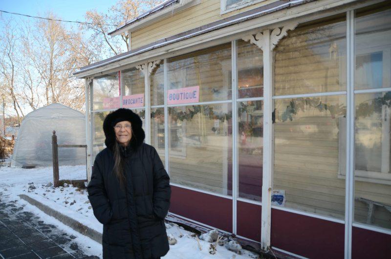 Elle refuse de vendre pour sauver sa maison