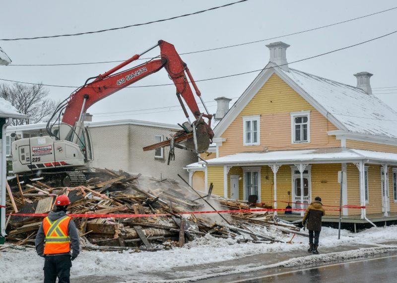 La démolition de la maison Vézina a fait réagir il y a deux semaines. Photo François Larivière | L'Œil Régional ©
