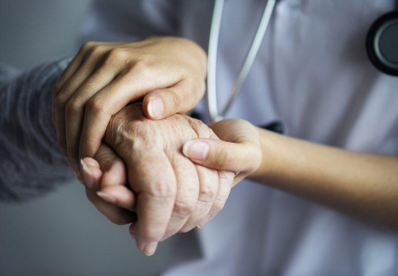 Le CISSSME enregistre une augmentation du nombre de demandes d'aide médicale à mourir depuis la mise en place du programme en 2015. Photo Freepik.com