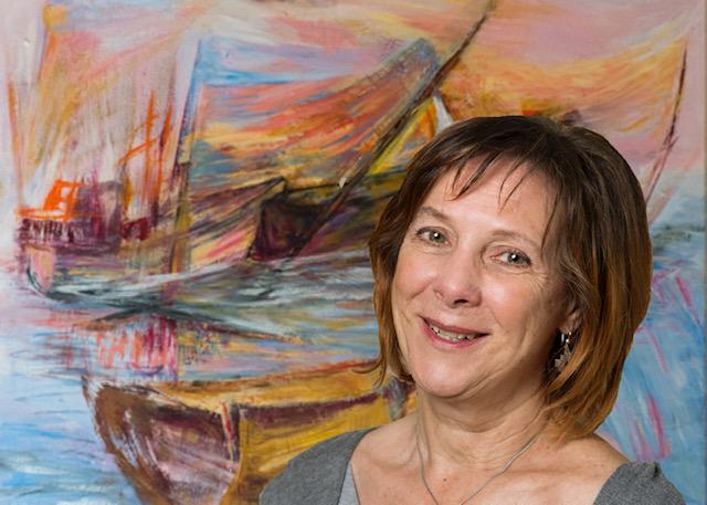 L'artiste devant une de ses toiles actuellement exposées à New York. Photo Marie-Josée Bertrand