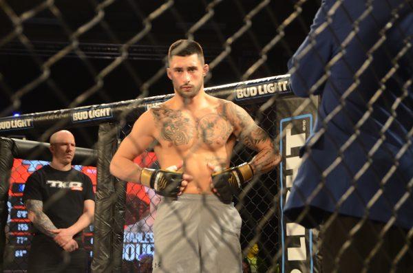 Charles Jourdain perd à son baptême dans l'UFC