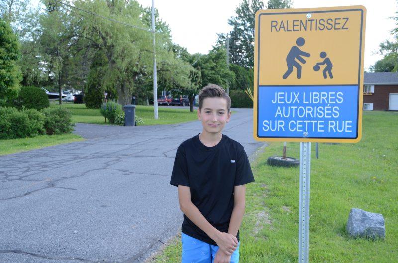 Charles Guertin a effectué toutes les démarches pour intégrer Dans ma rue, on joue! à Saint-Charles-sur-Richelieu. Photo Sarah-Eve Charland | L'Œil Régional ©