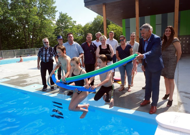 La piscine a été inaugurée officiellement le 2 juillet. Photo Robert Gosselin | L'Œil Régional ©