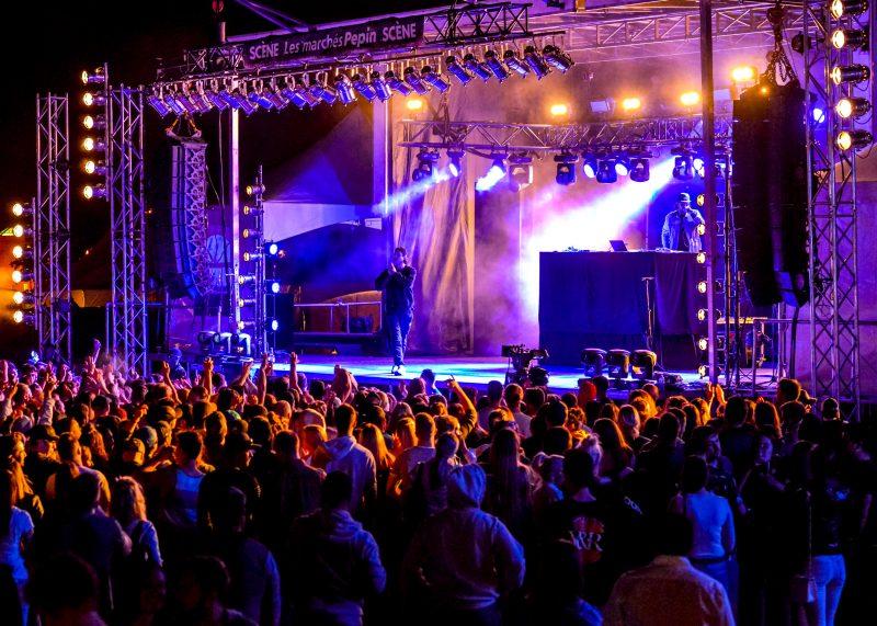 Loud a performé devant une bonne foule vendredi soir. Photo François Larivière | L'Œil Régional ©